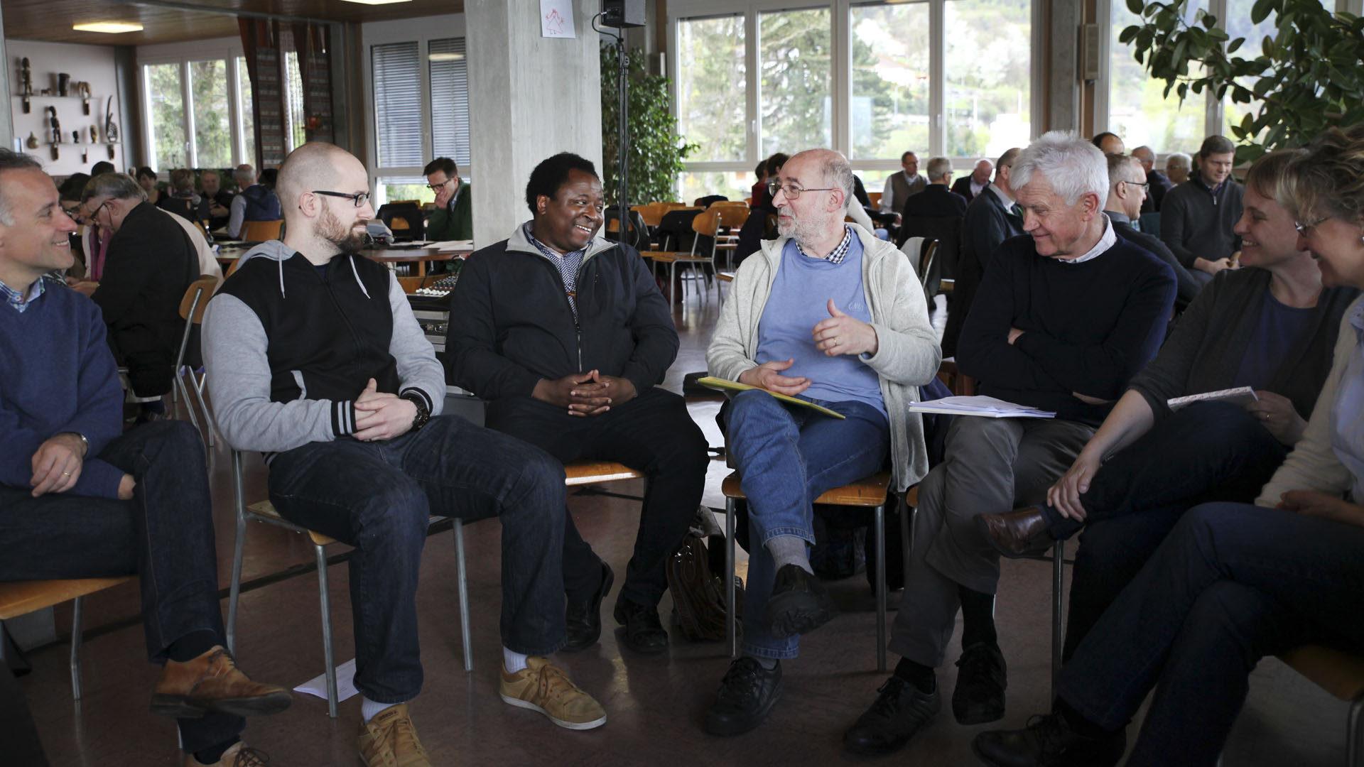 Le Bouveret le 14 avril 2016. Ecole des Missions. Atelier de discussions lors de la session pastorale du diocèse de Sion. (Photo: Bernard Hallet)