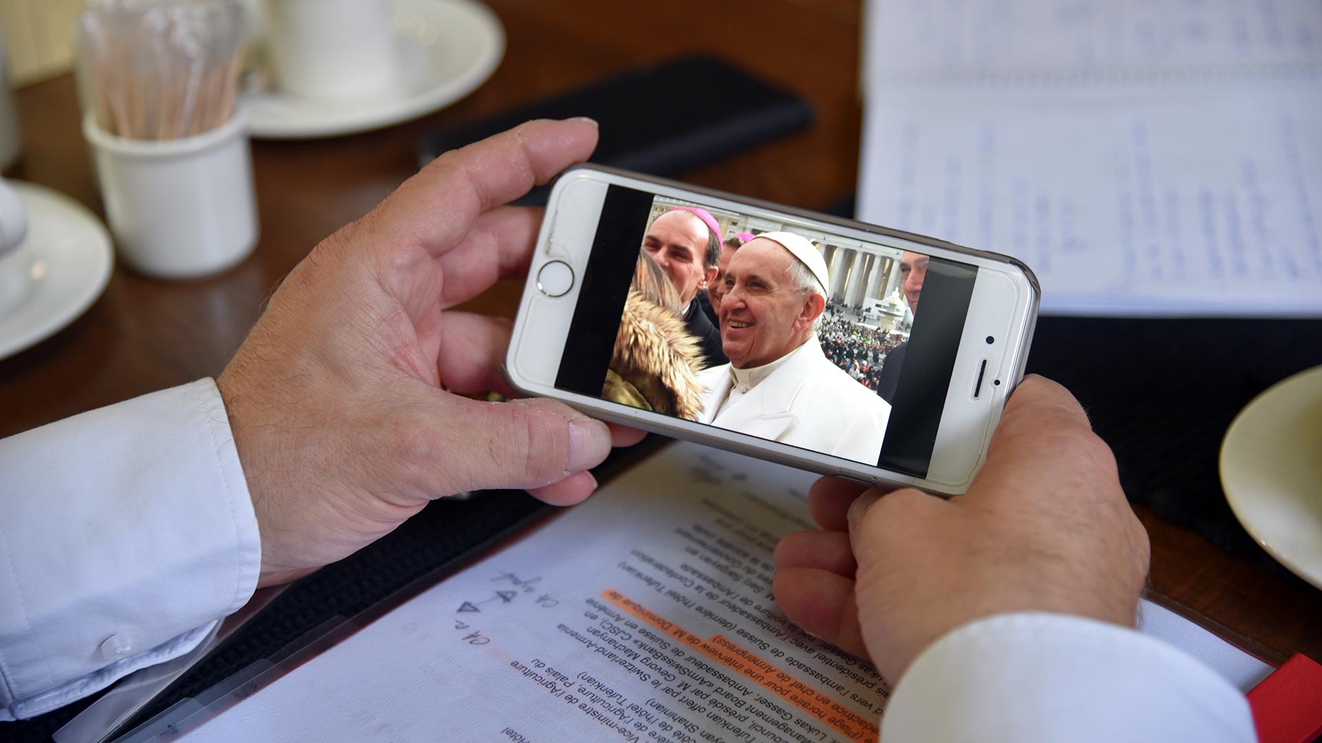 Dominique de Buman a rencontré le pape François en février 2016 à Rome (Photo: Pierre Pistoletti)
