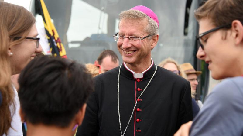 Mgr Alain de Raemy. Częstochowa, au moment de prendre la route de Cracovie (Photo: Pierre Pistoletti)
