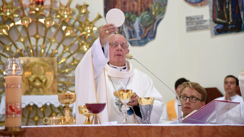 Mgr Jean-Claude Boulanger, évêque de Bayeux-Lisieux, le 27 juillet 2016 à la paroisse Saint-Wojciech à Cracovie. (Photo: P.Pistoletti)