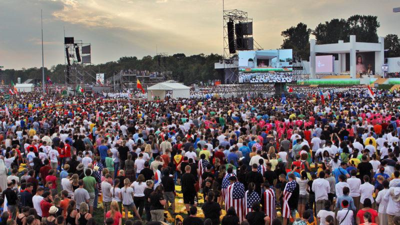 Des centaines de milliers de jeunes ont participé à la messe (Photo: Yves Crettaz)