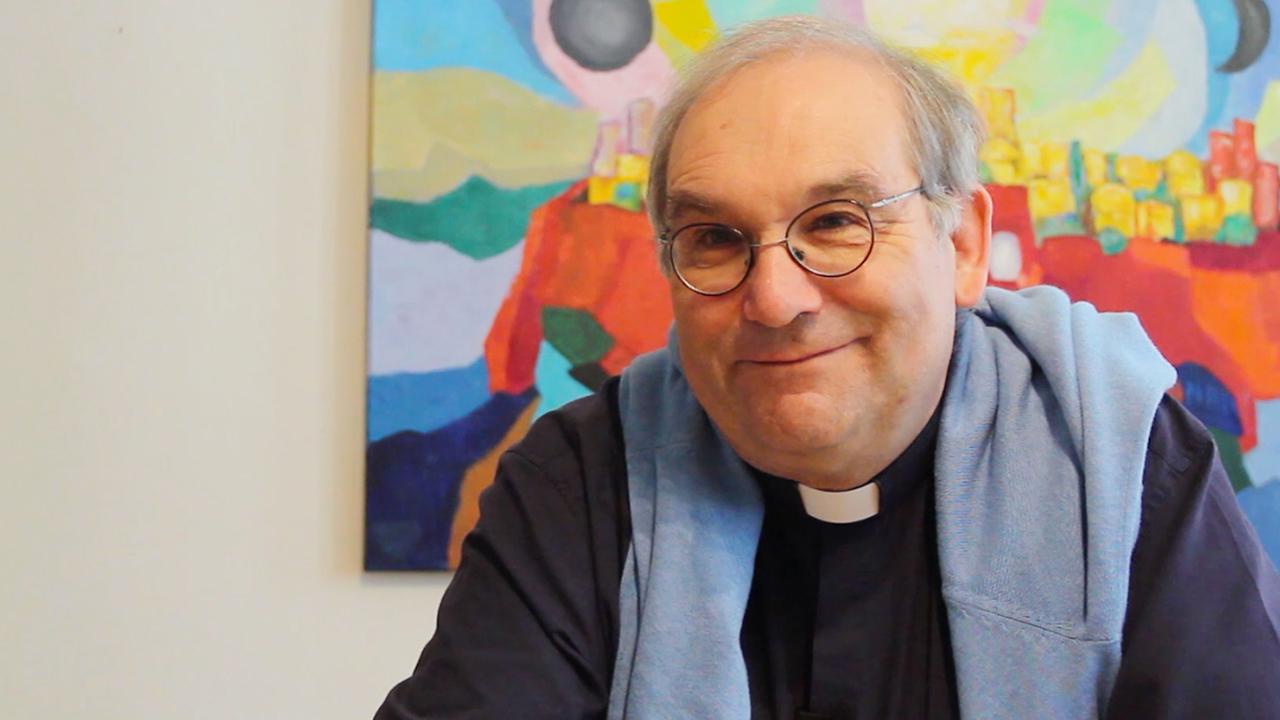 Le chanoine Paul Frochaux, curé de la cathédrale de Fribourg (Photo: Pierre Pistoletti)