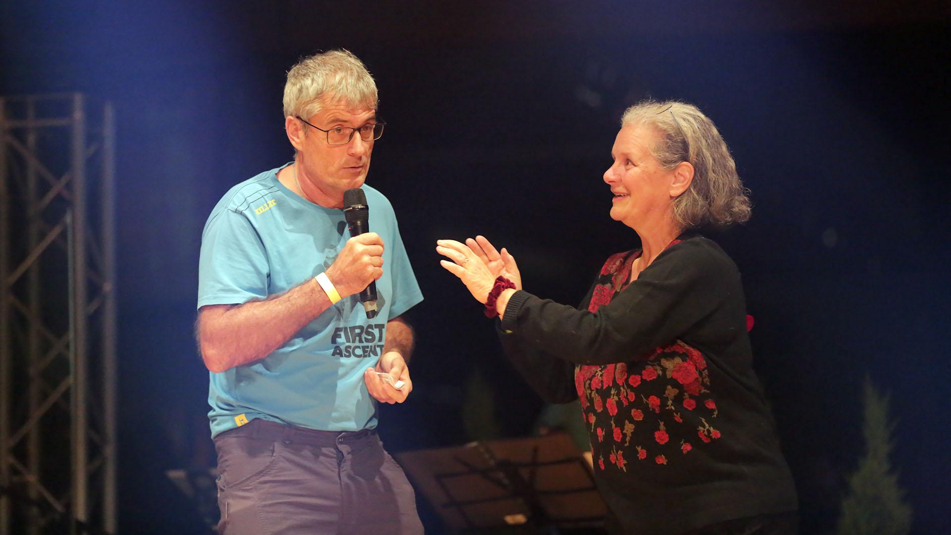 Electra et Jean-Marie Bettems animent le groupe de jeunes TKTO de la paroisse catholique francophone de Zurich   Bernard Hallet