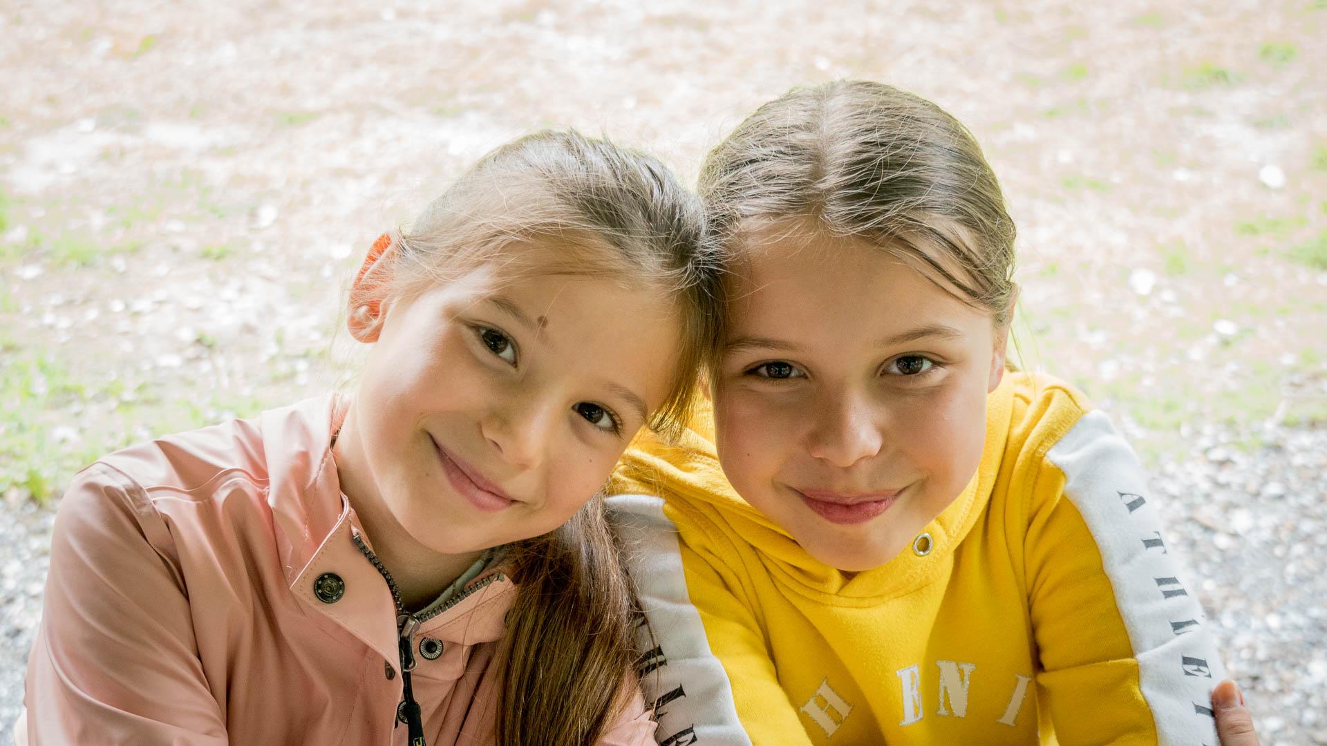Ioana et Ema ont rencontré plein de nouveaux amis